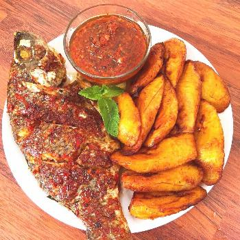 Grilled fish with fried plantains Try our grilled fish with fried plantains step-by-step recipe. Th