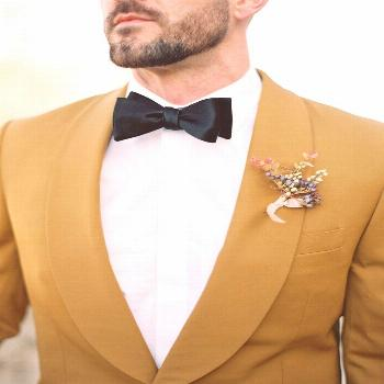 If you love this mustard grooms suit and fall inspired boutonniere - Click to see 39 of Our Favorit